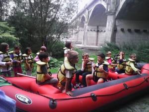 bambini in raft 2